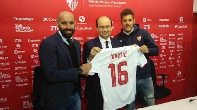 Jovetic Resmi Dipinjamkan Inter Milan ke Sevilla